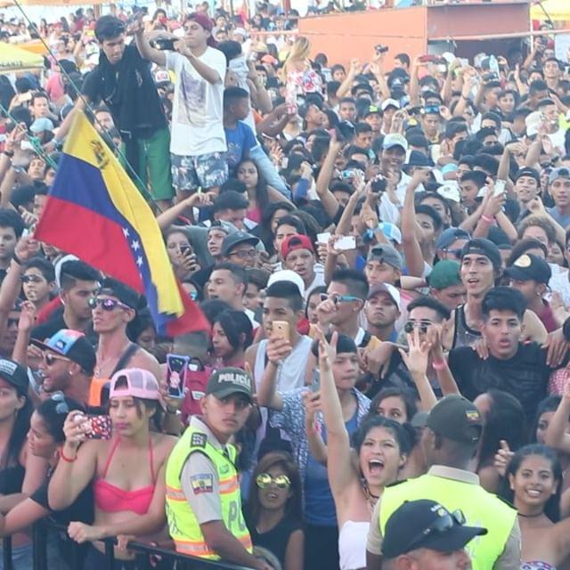 💯 @andresaintalbin ↞ @patrickautomatic  @jeanpaulsaintalbin 😎 Latinoamerica TOUR 👌 • • • • •  #edc #rollingloud2019 #edclasvegas #edcmexico #umf2019 #edc2019 #edclv #edcorlando #edcbrasil #edcjapan #edcjp #edmfestival #ultramiami #umf2019 #umfkorea #umfjapan #ultramusic #twitchgirls #patrickautomatic #jeanpaulsaintalbin #ultraparis #ultra #umfmiami #rollingloud #rollingloudmiami #twitchgirls #jlo #tariqcherif #pharrell #50cent  #bhadbhabie #rosalia #patrickautomatic