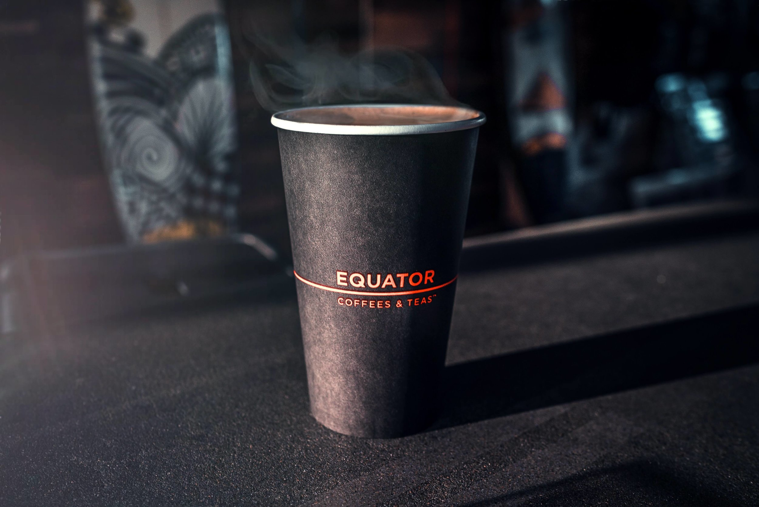 - If you want your brand out there you need to have branded paper cups. These cups will travel beyond the doors of your establishment and do the talking for you.Our high quality cups are the perfect canvas for your logo or design. With a poly lining on the inside, they are perfect for hot or cold beverages. Great for restaurants, cafes, and hotels. Also 100% recyclable.