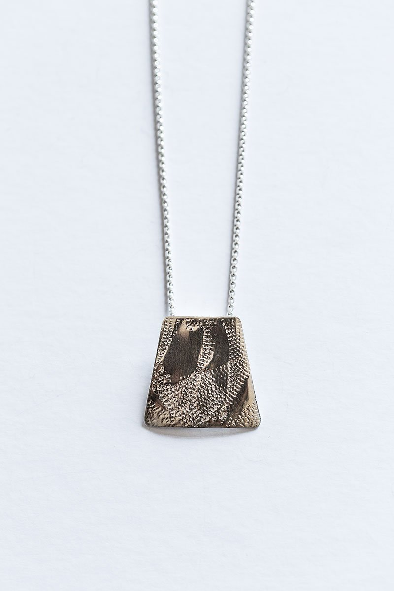 Through-the-Window-Necklace-by-Jill-Alexander-Contemporary-Jewellery-10-800_2048x.jpg