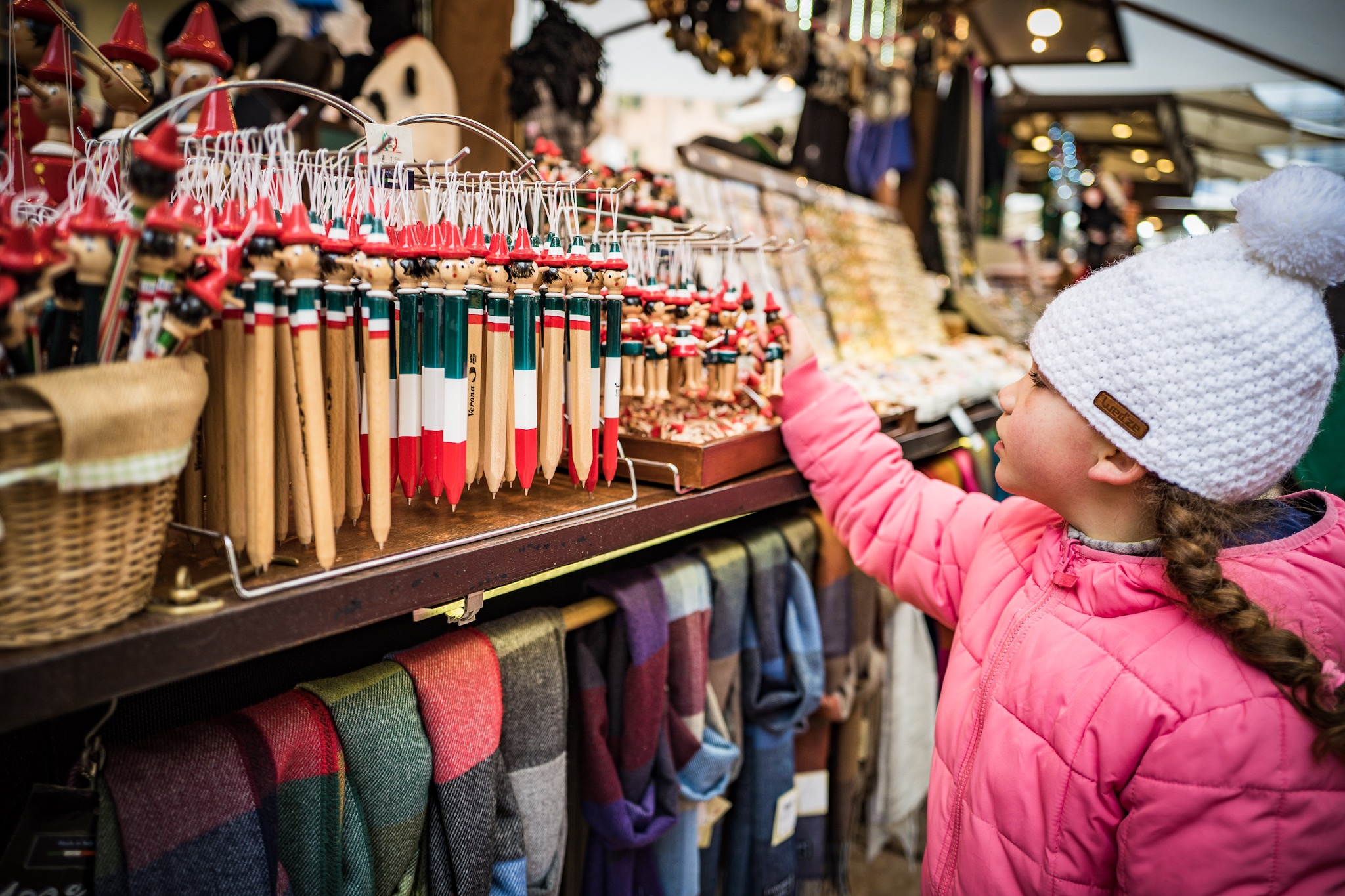 Wanting to buy everything in sight at the first Xmas market in Verona.