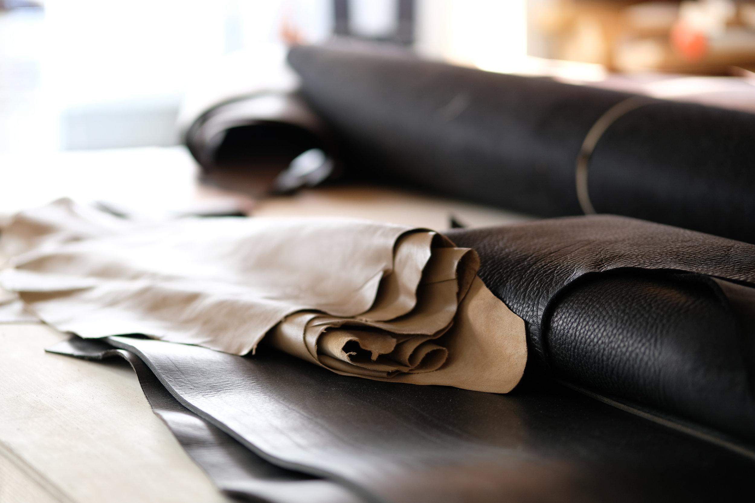 ateliermaas.details.leather.handmade.jpg