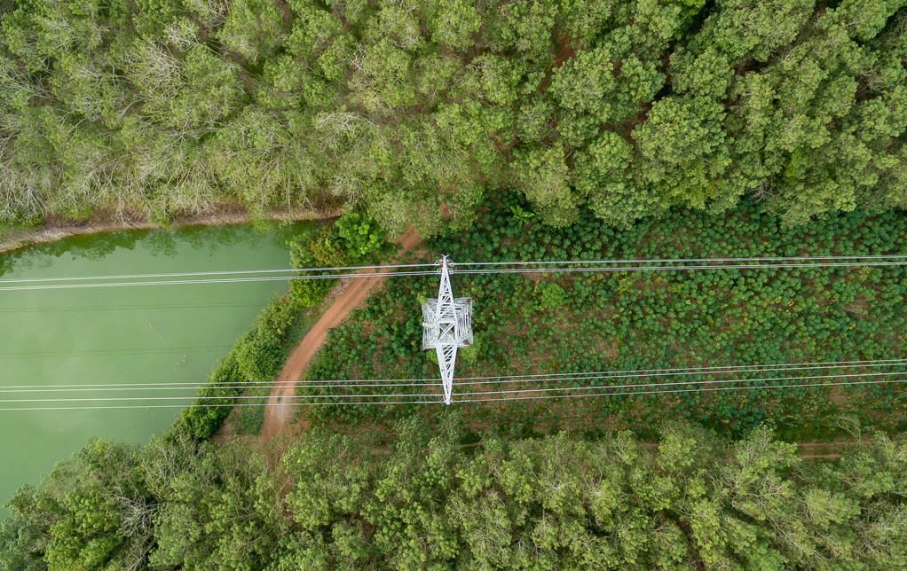 Aerial view of High voltage post@0,3x.jpg