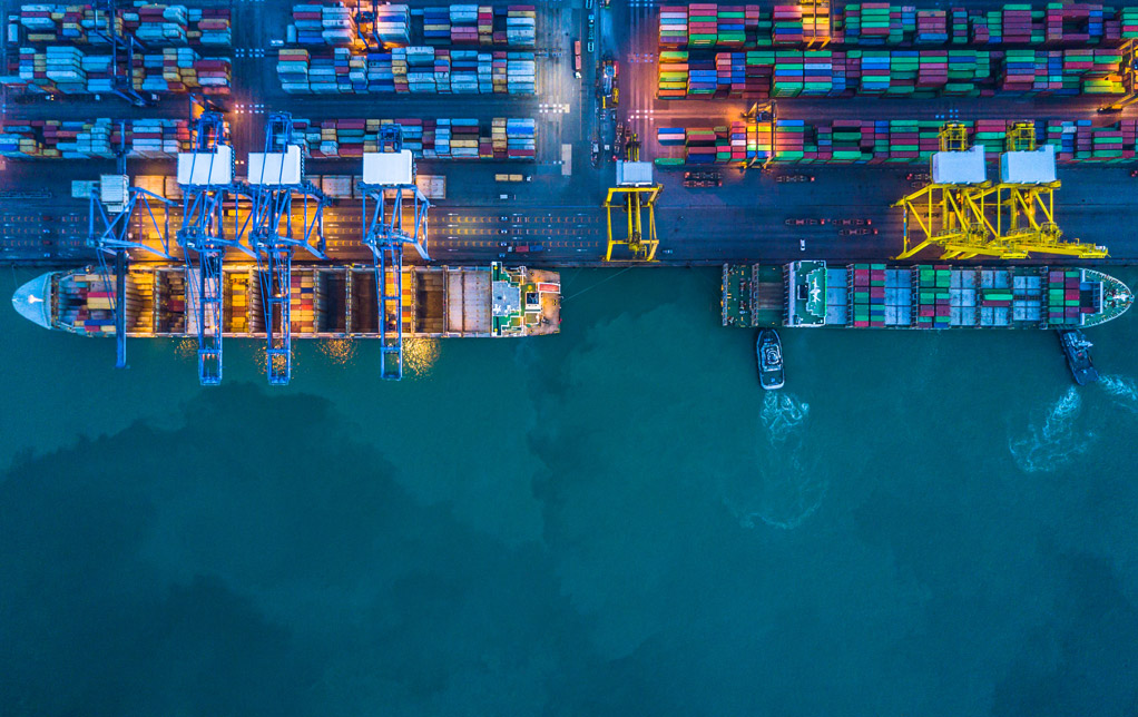 Aerial-top-view-of-container-cargo-ship@0,3x.jpg