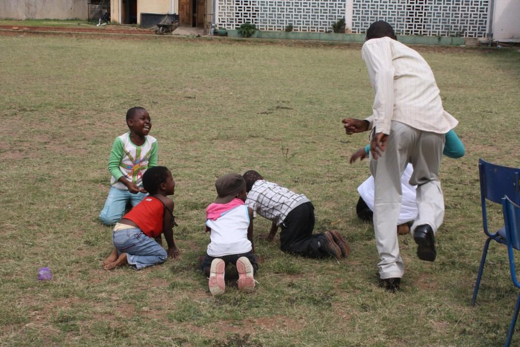 pastor-femayi-playing-games-with-some-of-the-children-aged-between-5-and-10-1024x683.jpg