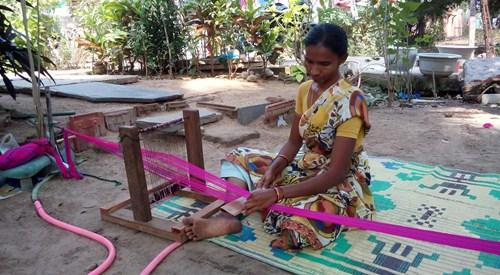 woman-weaving-2.jpg