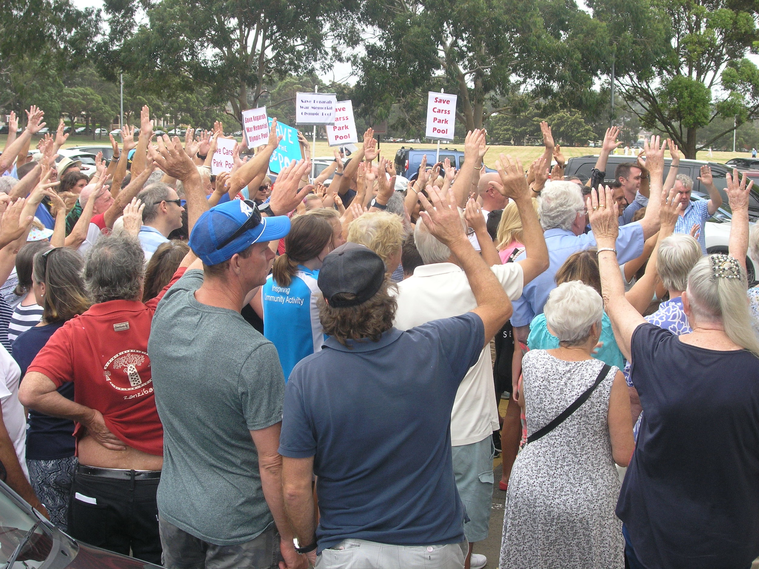 Supporters vote YES to save Carss Park Pool