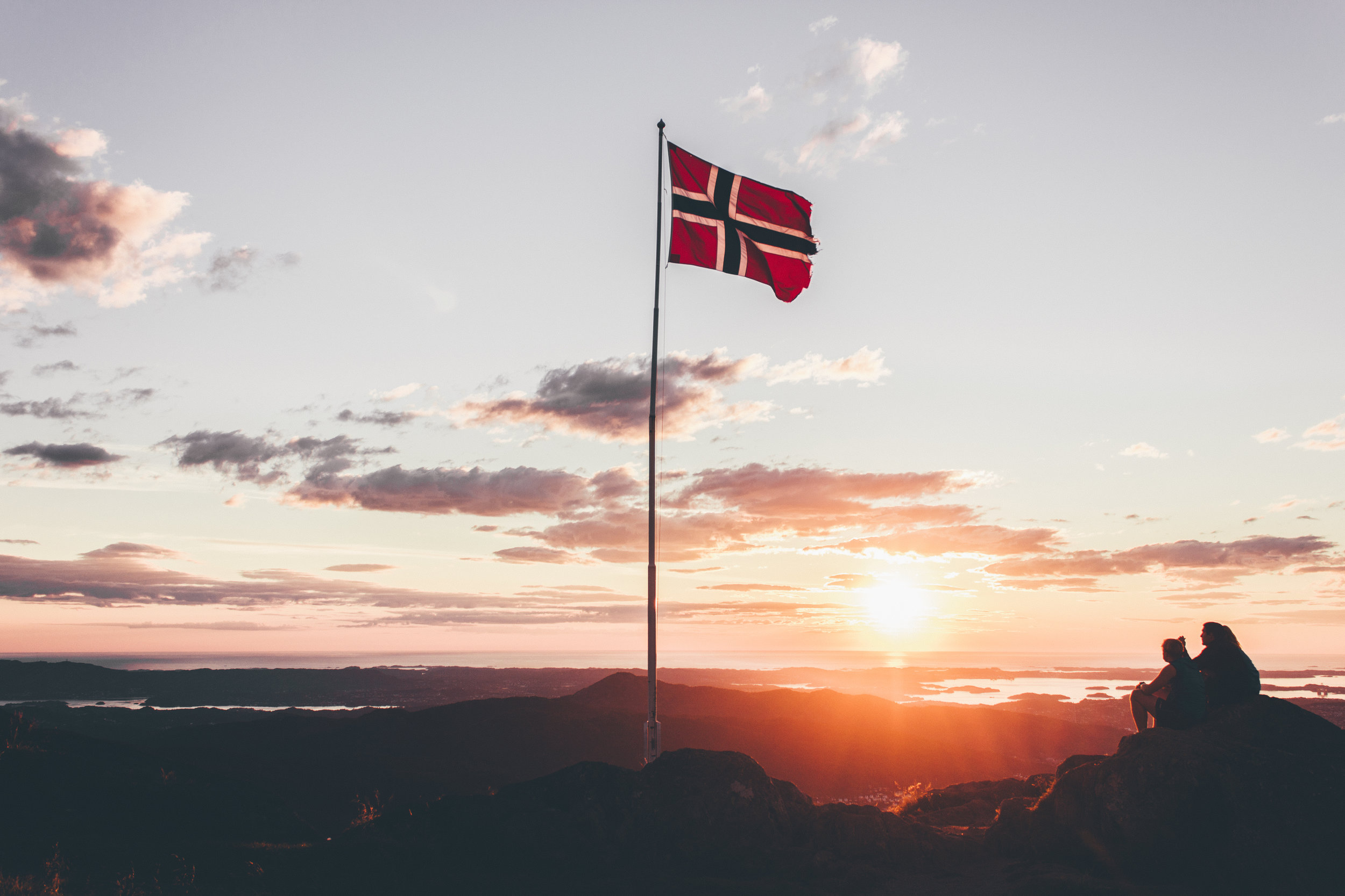Norway to make all short-haul flights electric by 2040 -