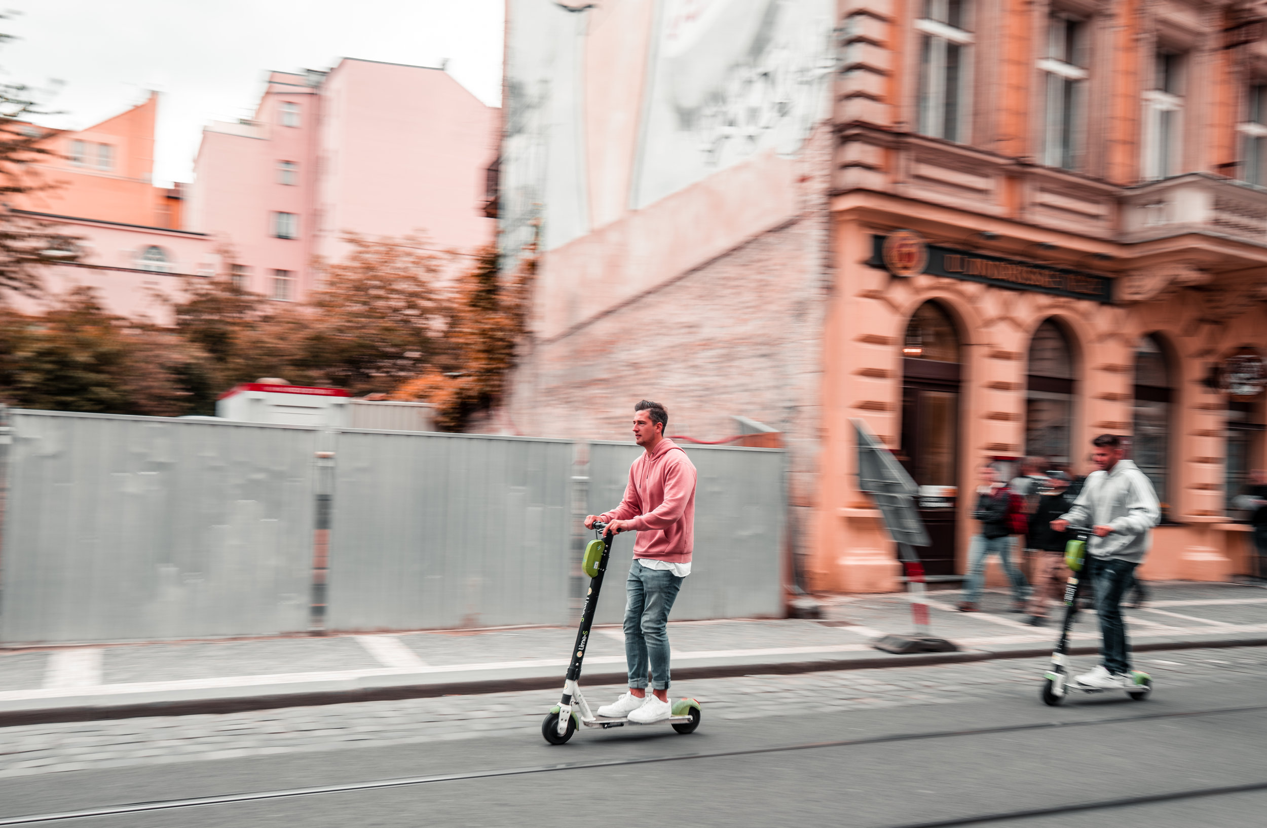 PURE SCOOTERS ACQUIRES LONDON ELECTRIC SCOOTERS AS PART OF AMBITIOUS GROWTH STRATEGY -