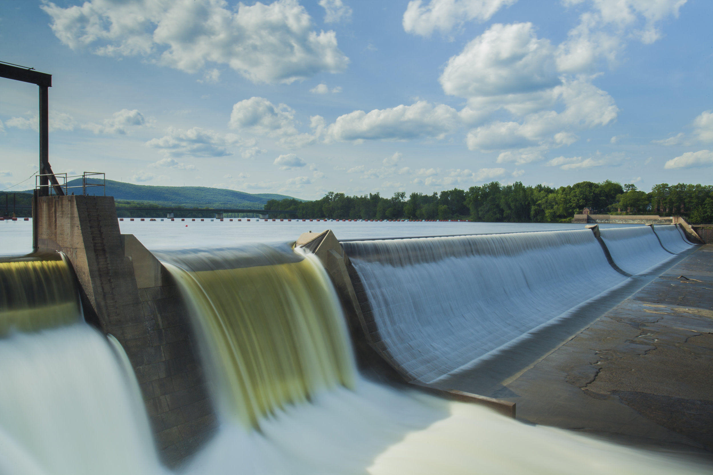 JLEN ACQUIRES YORKSHIRE HYDROPOWER HOLDINGS LIMITED FOR £4.3M -