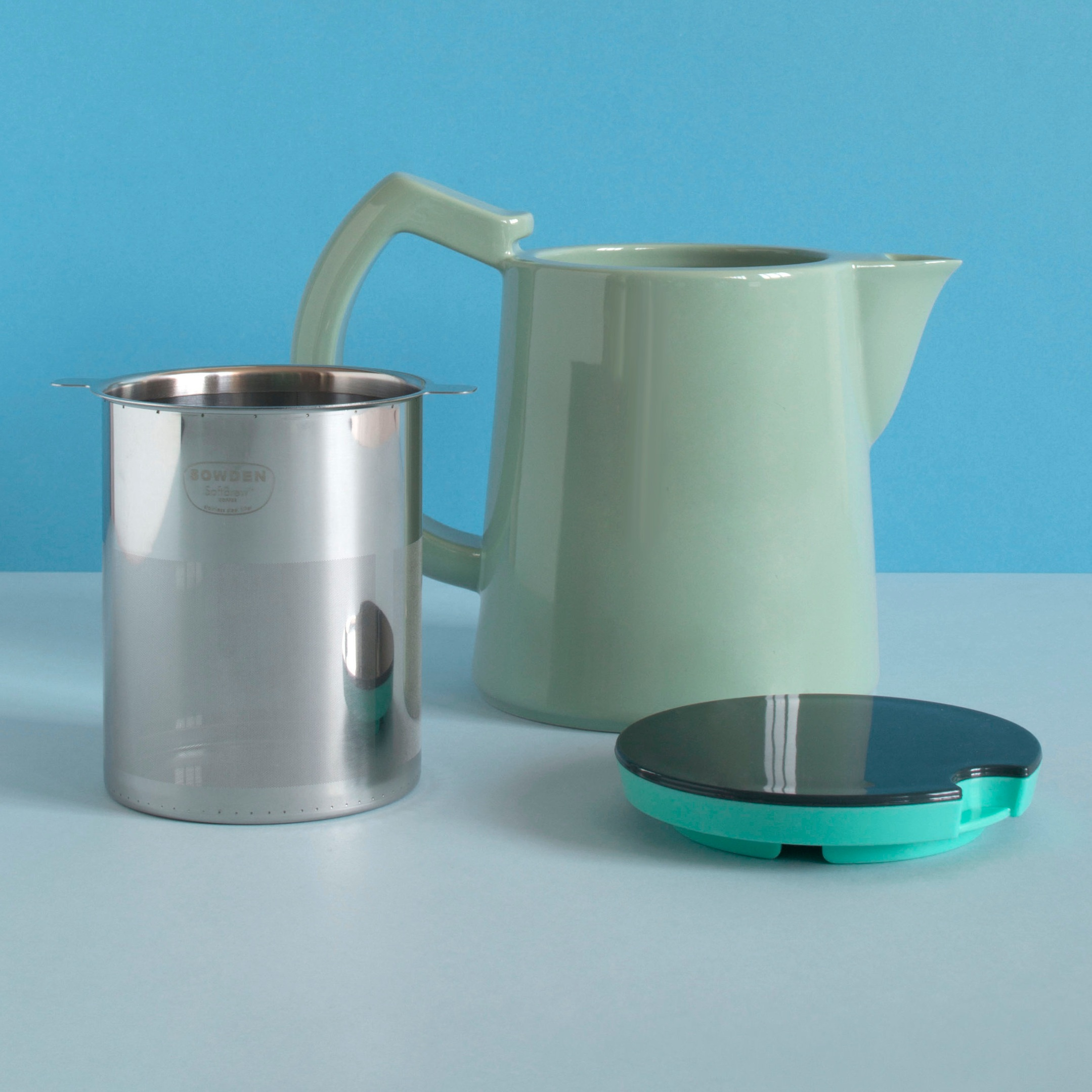 COFFEE - Sowden SoftBrew™ - porcelain pot, stainless steel SoftBrew™ filter and lid -