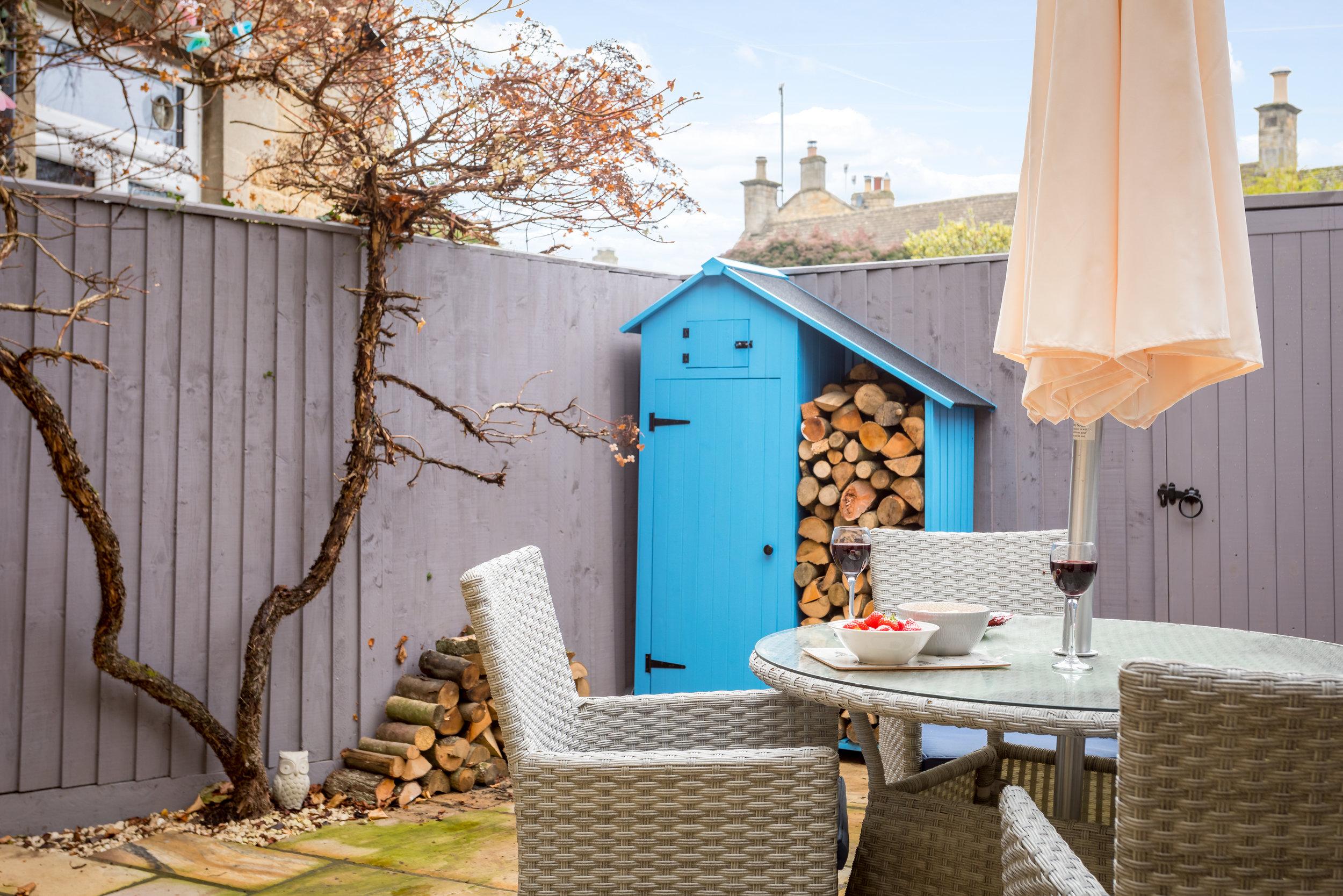 10 - Little Gem Cottage - Bourton-on-the-Water - Full.jpg