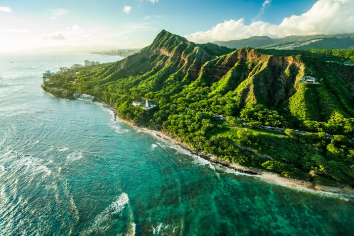 Oahu - One of the largest islands in Hawaii. Rich in history and abundant in mother nature's flora & fauna.