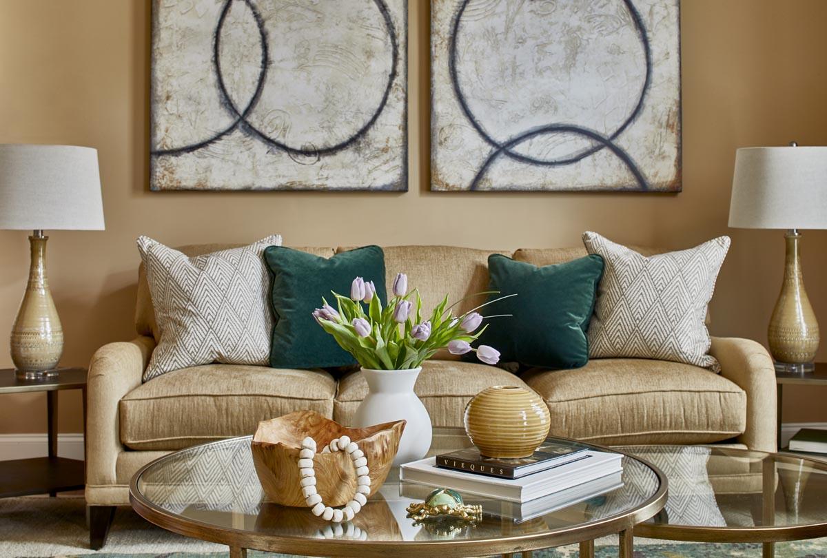 erika_ward_livingroom3.jpg