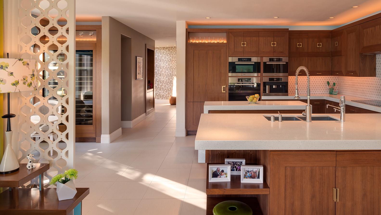 Linda Allen-Vegas-kitchen-2.jpg
