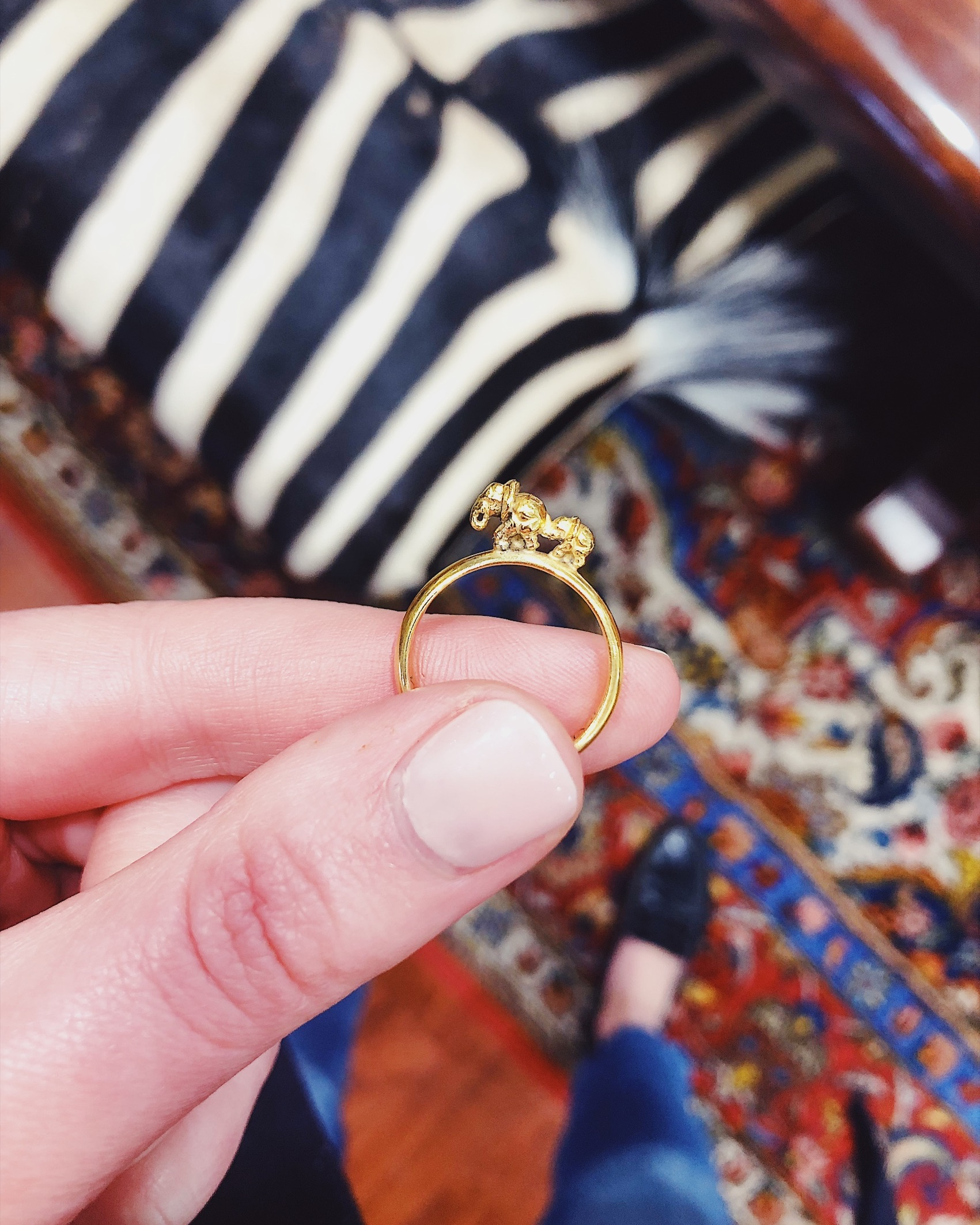 The 18ct gold Ma & Ba ring
