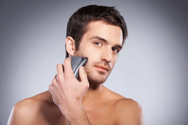 man-using-good-electric-razor.png