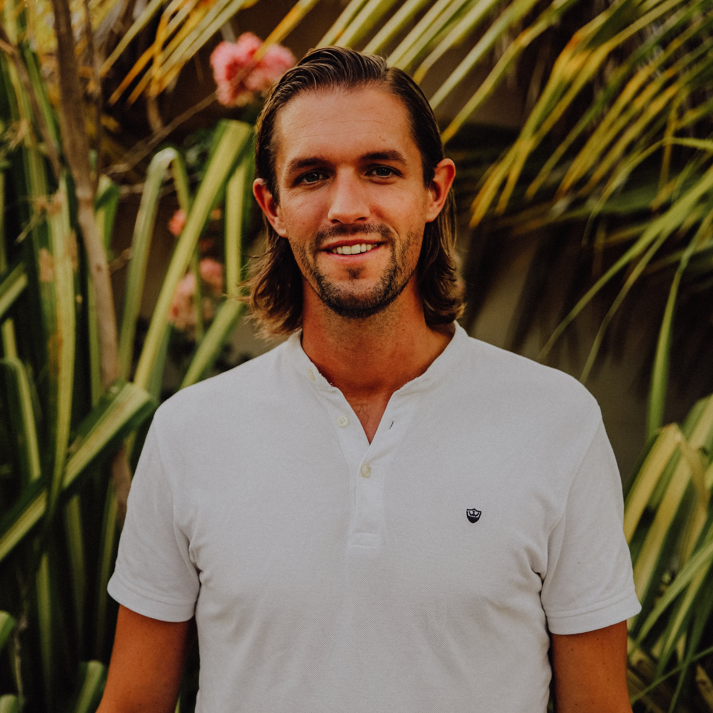 Mark van der heijden - After working in advertising for 7 years Mark quit his job to travel the world as The Backpacker Intern, trading his skills for experiences at 32 companies in 27 countries on all 7 continents. Now as the co-founder of Wanderbrief he travels the world as a Digital Nomad helping thousands of people to create a successful life that combines work and travel.