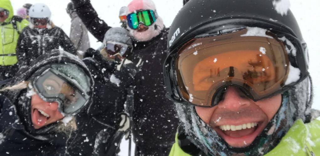 Skiing and snowboarding in Japan.jpg