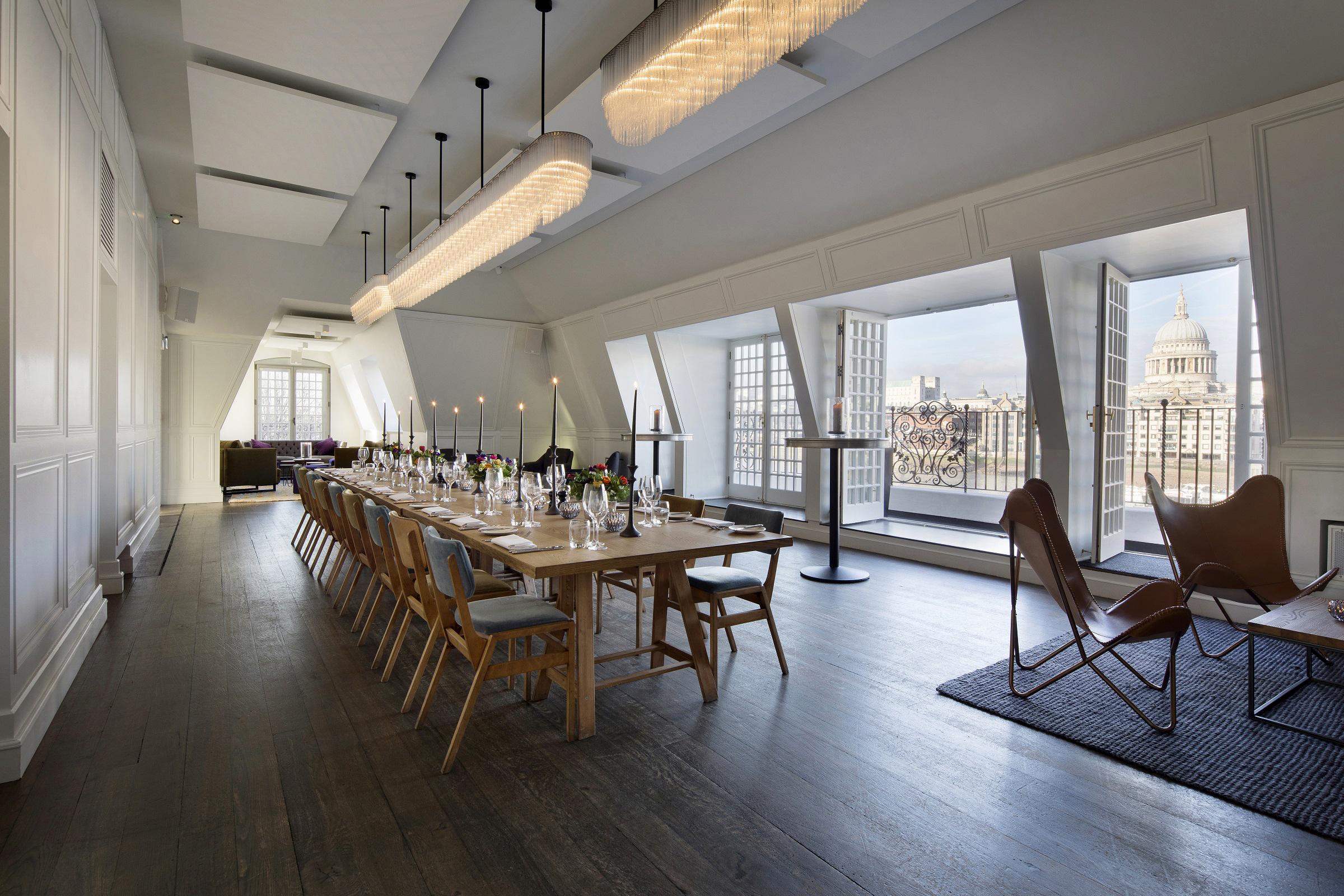 balconyroom-Private dining.jpg