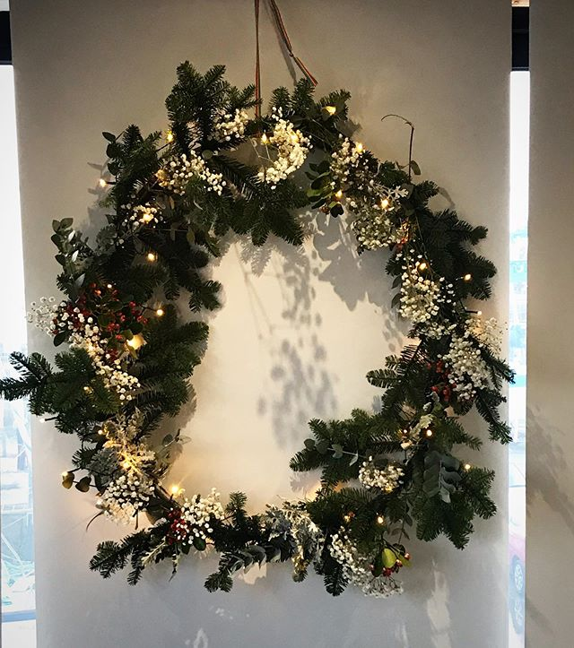 There are no limits to our christmas creativity here at studio 9 design. Thrilled with our giant wreath creation. One more busy week of work and then wrapping up for xmas! ??????