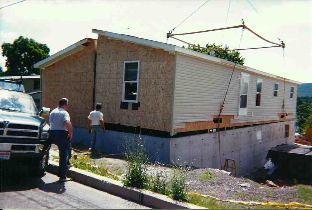 perimeter frame hud on concrete foundation.jpg