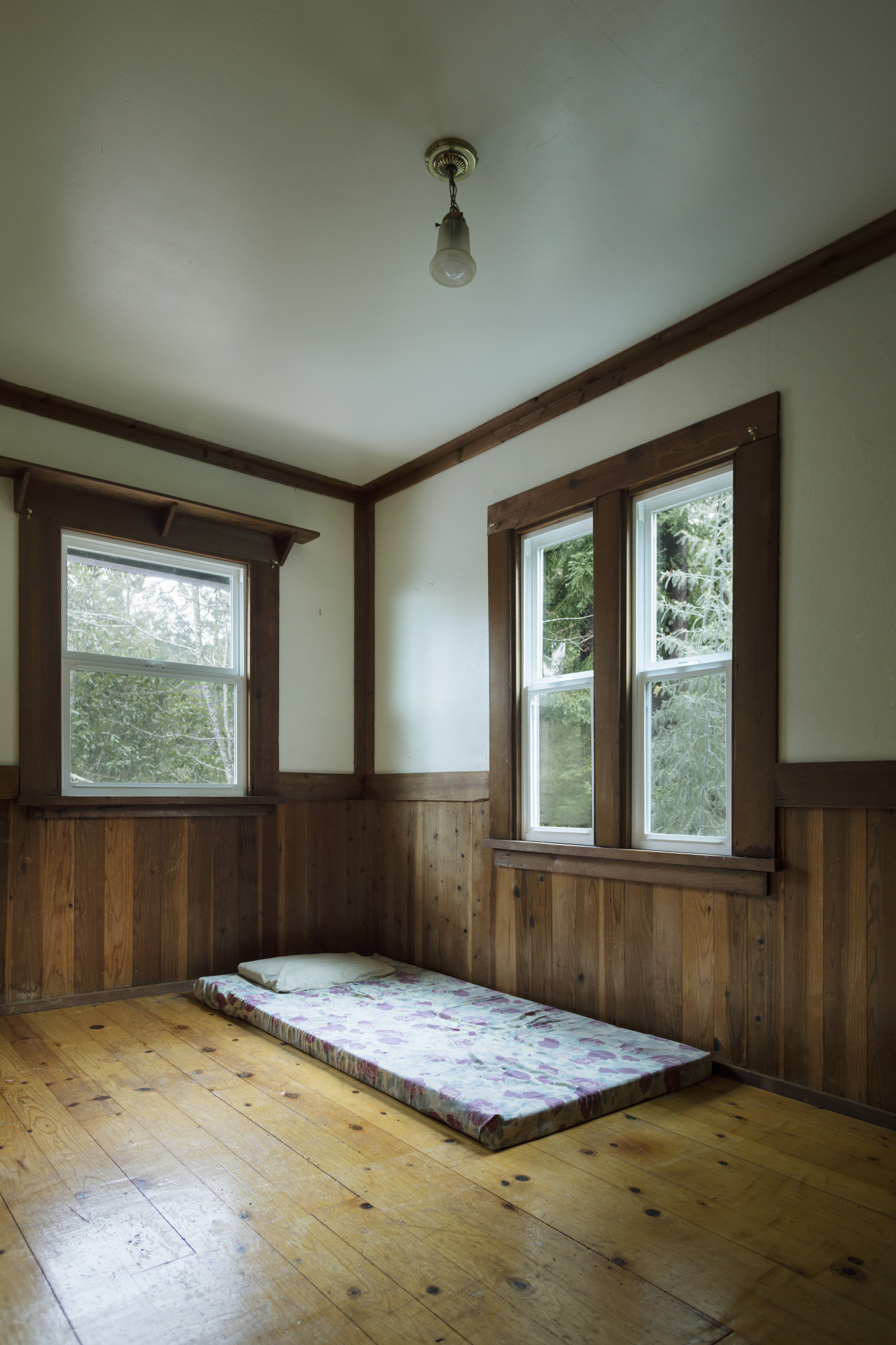 upstairs bedroom in a home for sale in Philo, CA