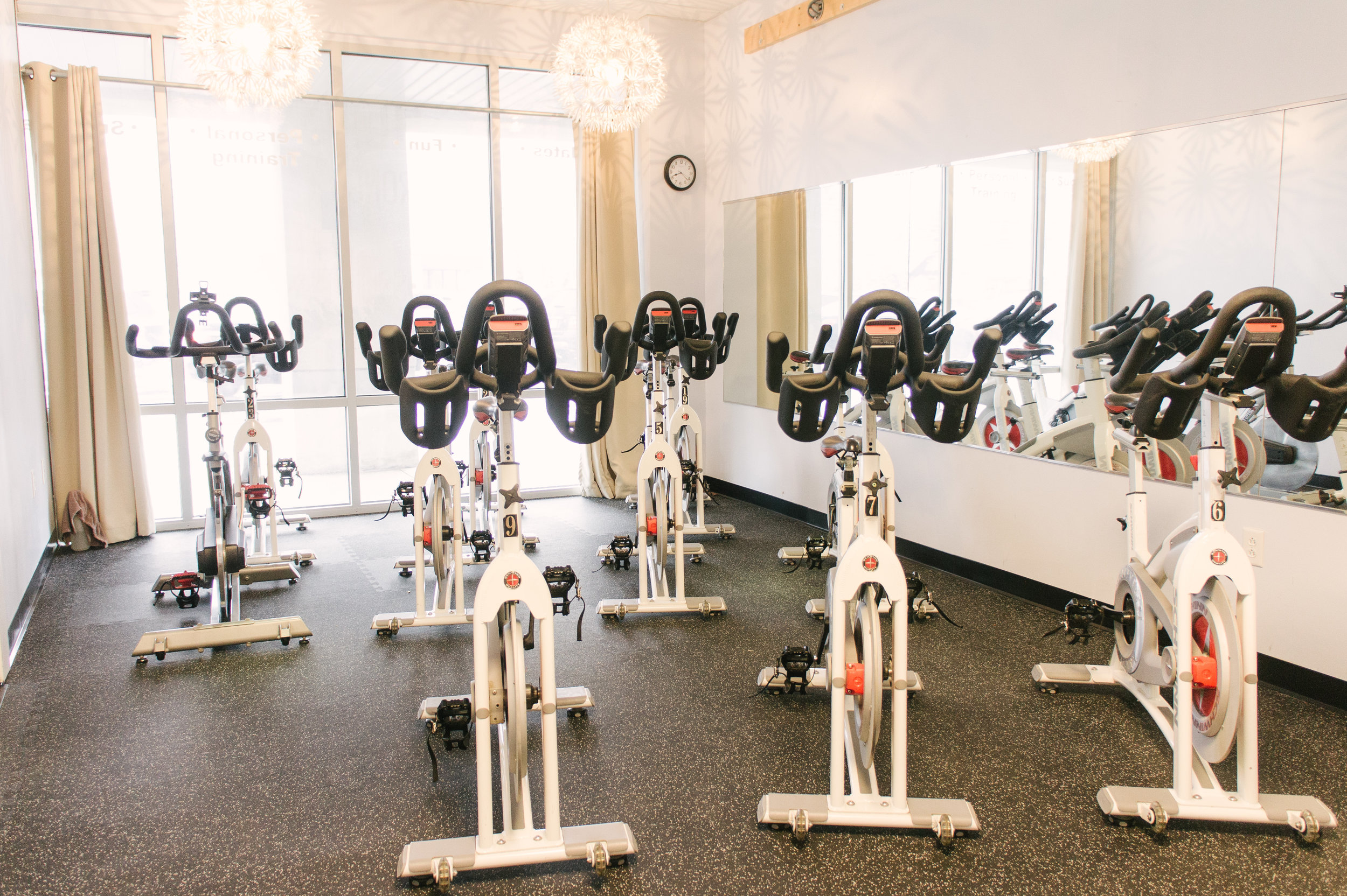 Staying healthy means something a little different for everyone. - 60+ weekly classesCycle studioFree weightsFull cardio areaPersonal and small group trainingStrength training equipment