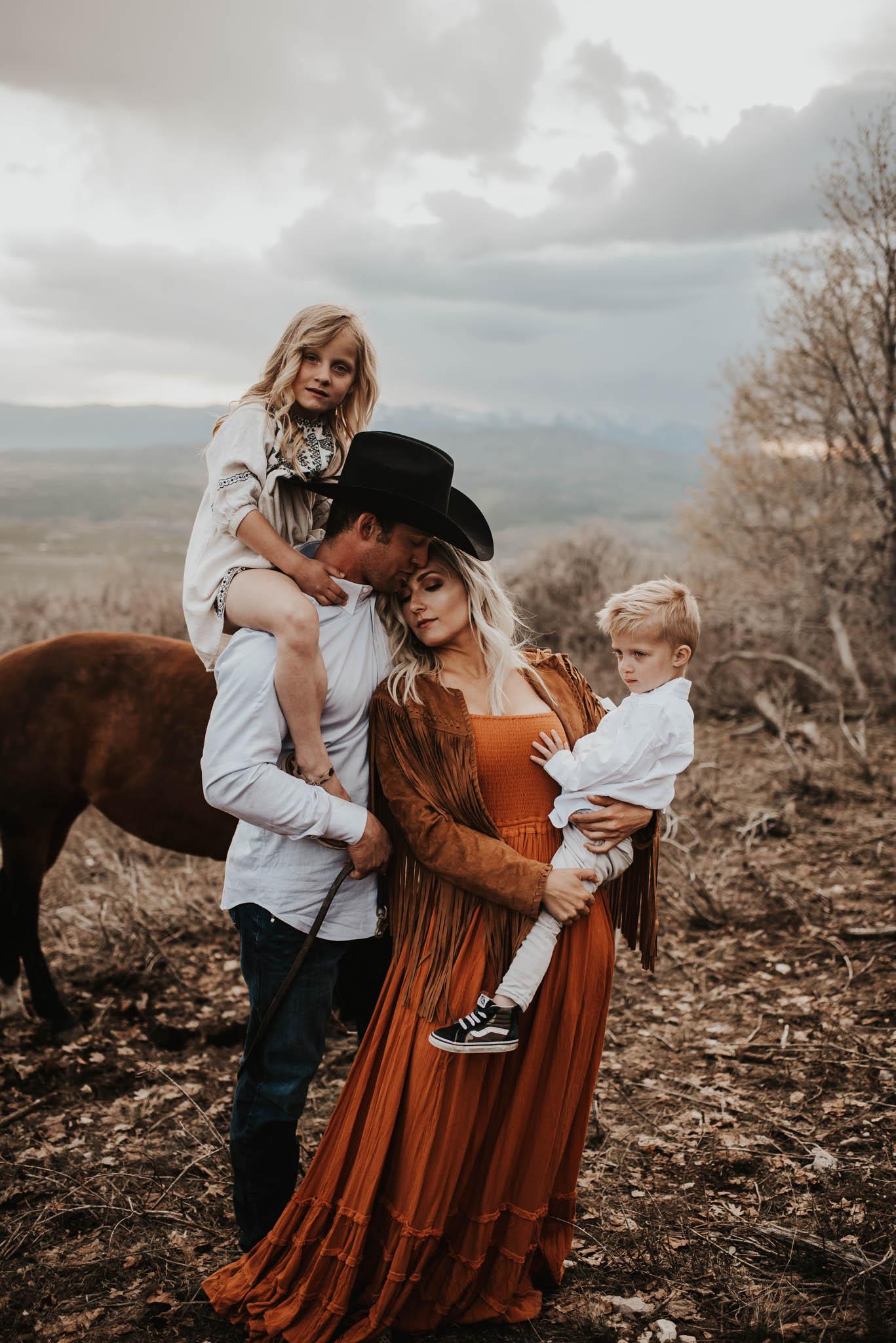 Family Session, Mount Pleasant, Utah.