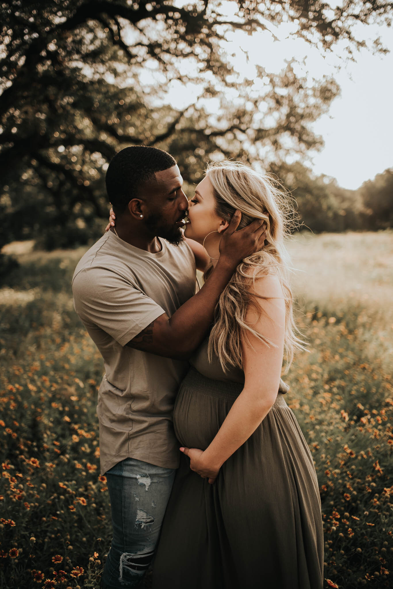 Beautiful Maternity Session by Austin Family Photographer.