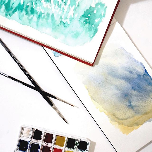 Low on energy, but high on color 🎨 In an introspective #mood. Not every day will be go, go, go - take time for self-care.🧘‍♀️#watercolors #paint
