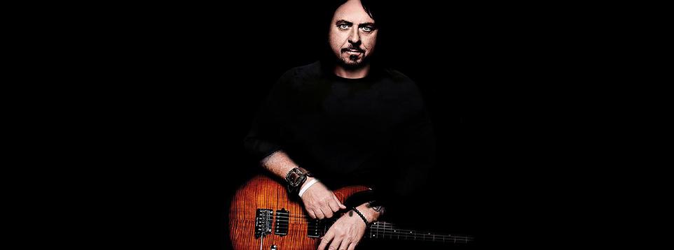Steve Lukather_2018_banner.jpg