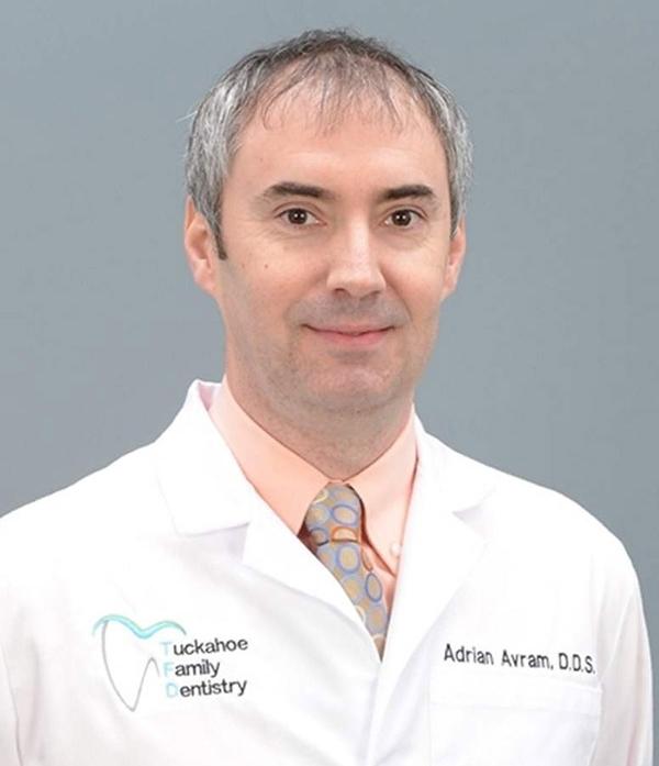 Dr-Avram.jpg
