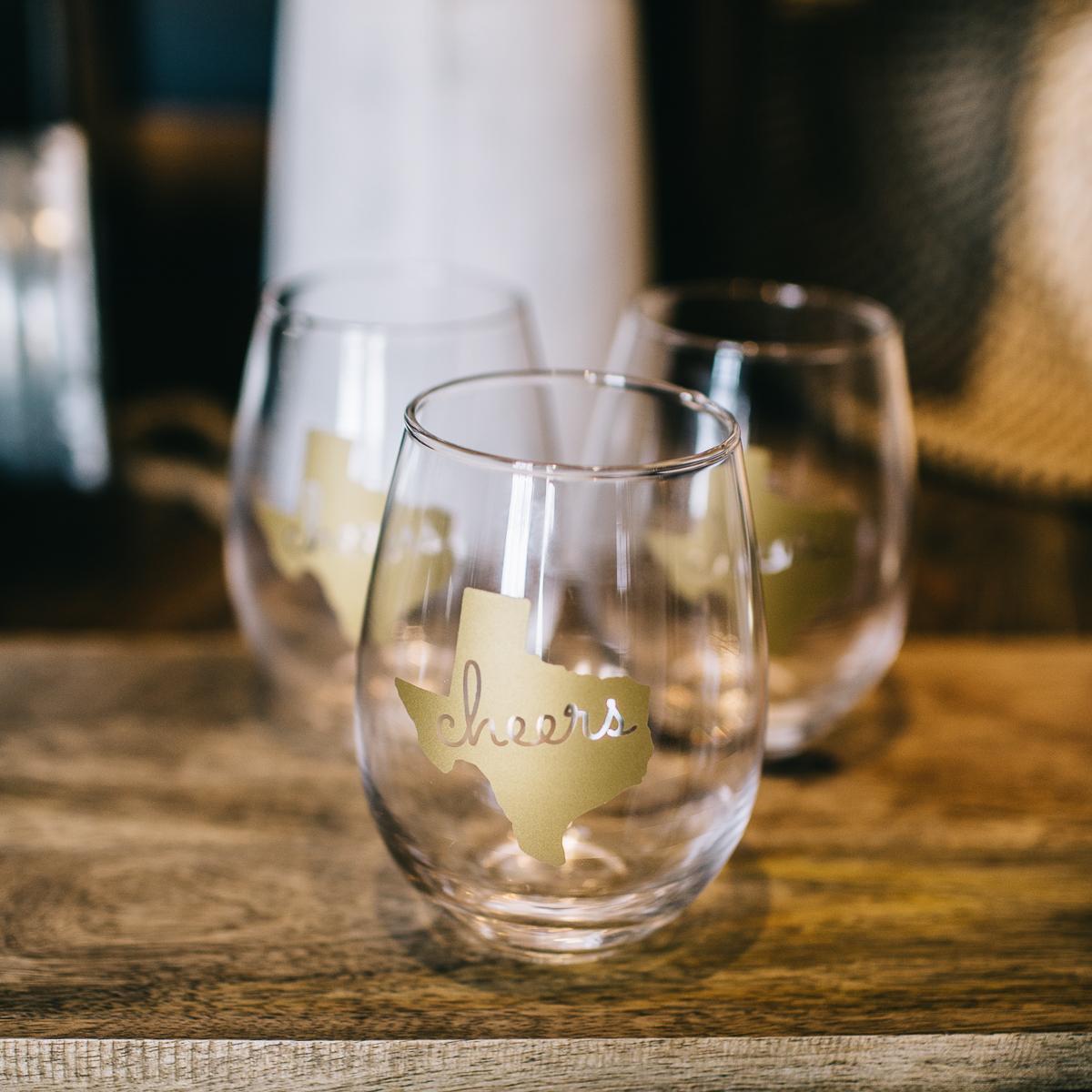 Cheers Texas Wine Glasses (19 of 1).jpg