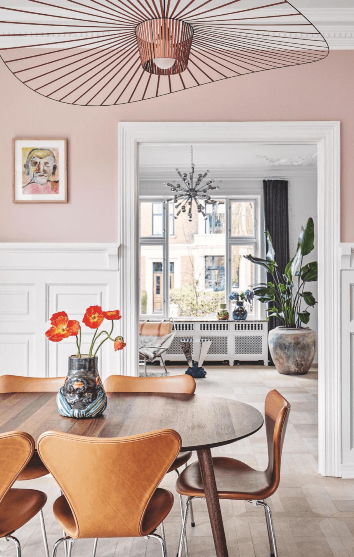 Pink Dining room, Constance Guisset Vertigo pendant,