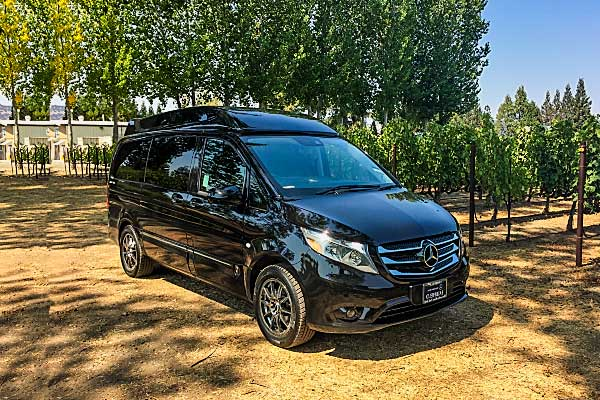 2016 Mercedes Benz Metris Luxe Van - Ideal for 3 to 5 passengers$95 hourly *