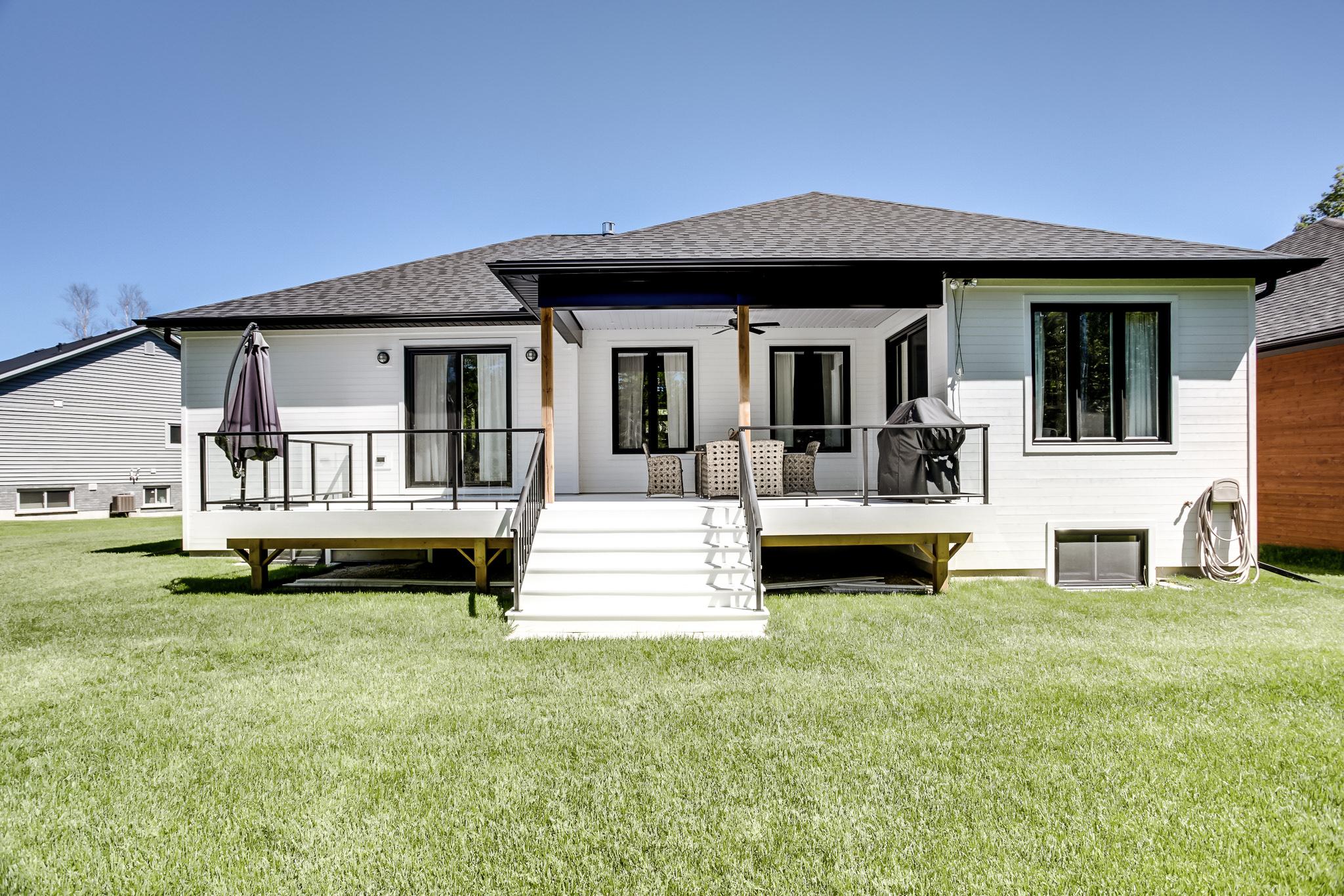 035-VanderMeer-Homes-websize-1645.jpg