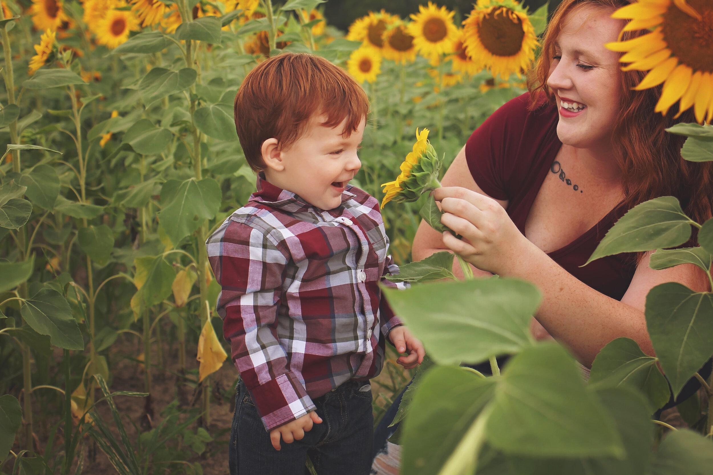 southern-illinois-photographer-benton-sunflower-field-mommy-me-son.jpg