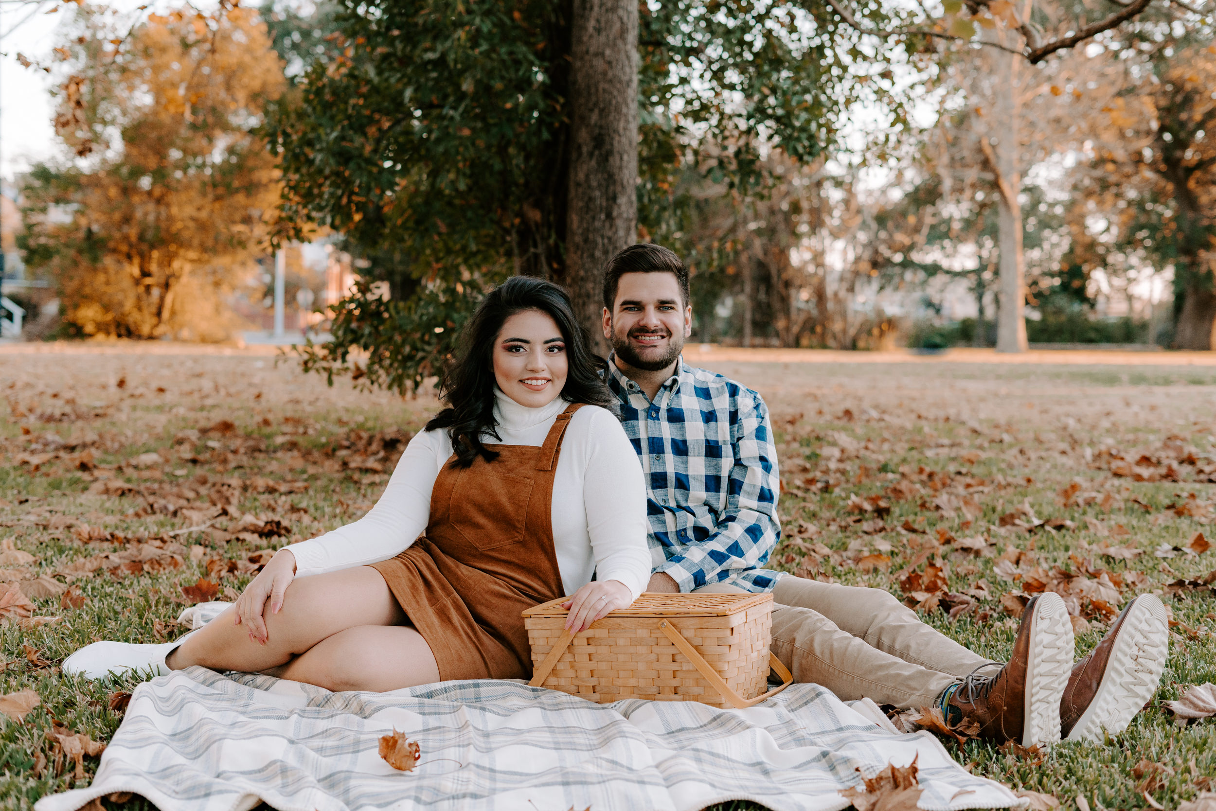 lake-charles-photography-engagements-intimate-session1.jpg