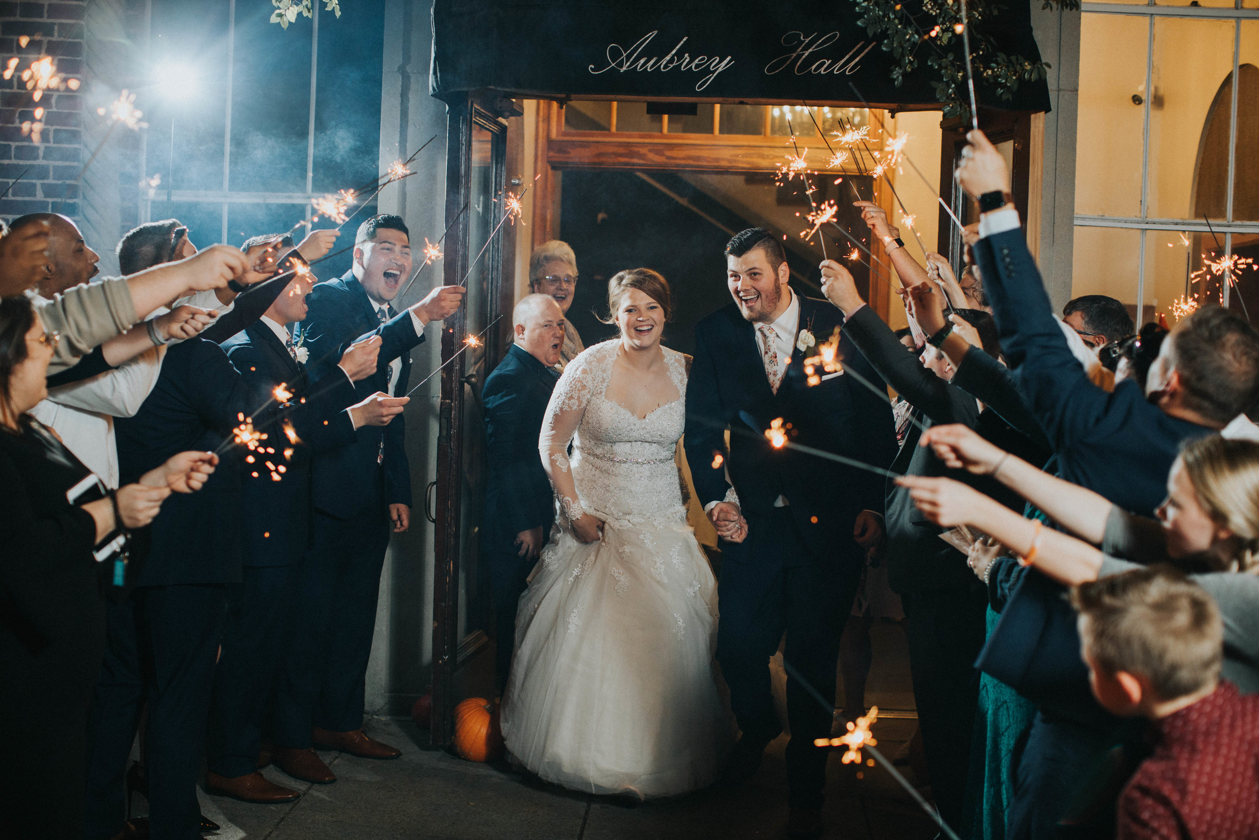 Weddings in Baton Rouge - Photographers