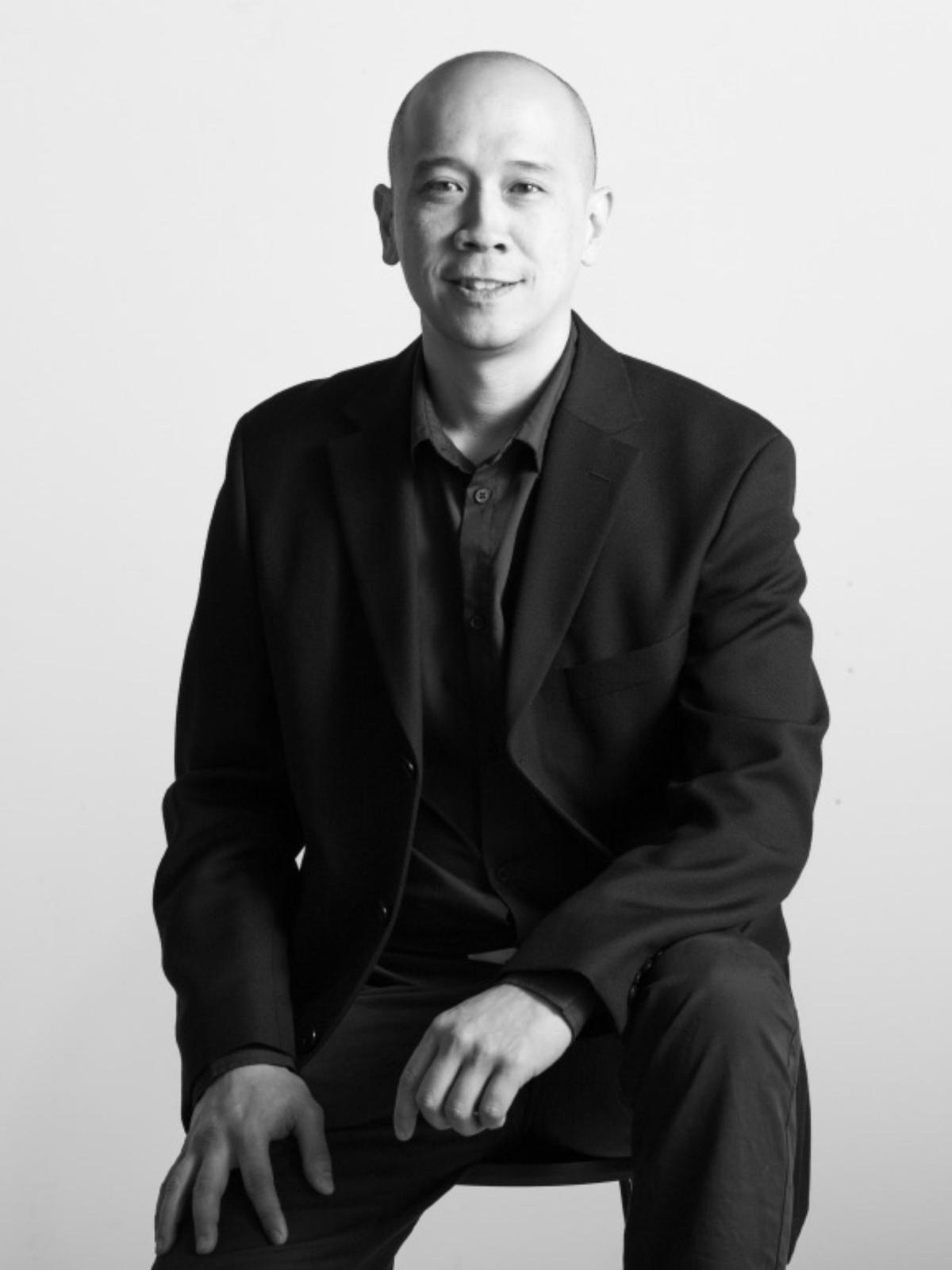 ARYO KRESNADI  Account Manager