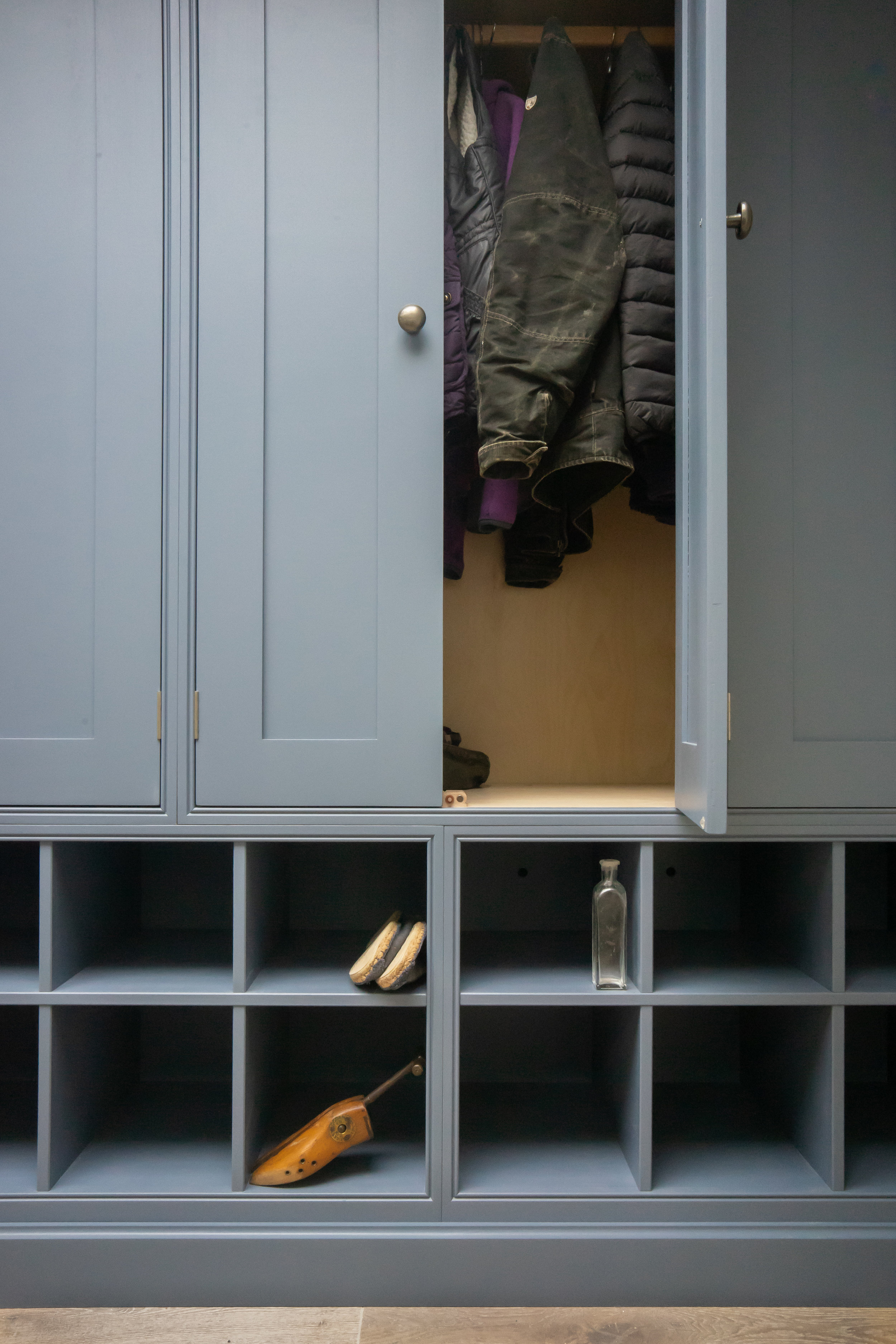 Coats & Boot Cupboard - LG Mid Lead