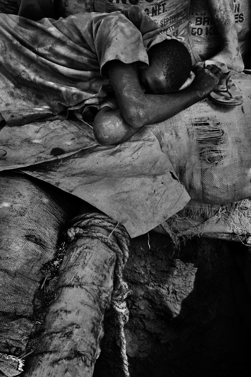 Burkina Faso gold mine-4.jpg