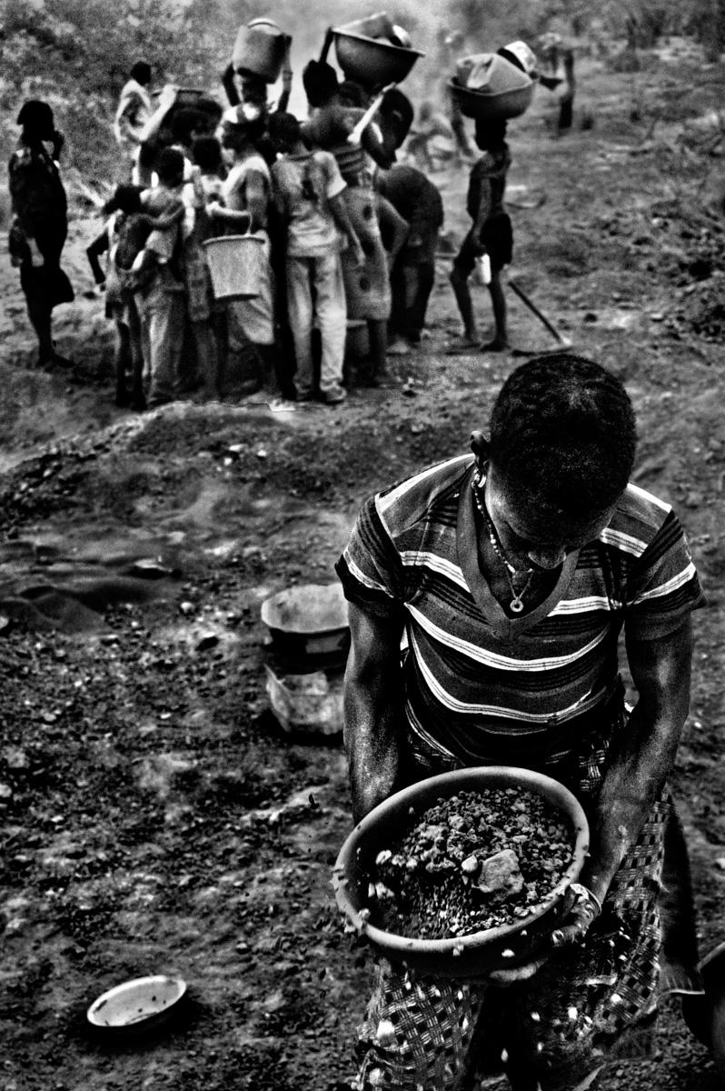 Burkina Faso gold mine-12.jpg
