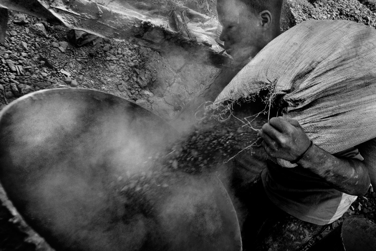 Burkina Faso gold mine-17.jpg
