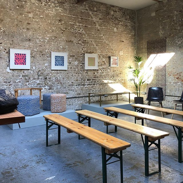 We're open! ✨ Collab w/ @elladorandesigner in @ShoreditchDT this weekend only, in the beautiful secret backroom of @folkclothing on Redchurch Street.  Collaboration, Communication and Connection are the themes of the events program, including: . 🔸 Sat 21 Sept Collaboration by Design panel at 2pm (chaired by me) . 🔸 Sun 22 Sept at 2pm - my talk on Communicating Your Craft 🎤 . 🔸 Plus upholstery workshops with @urban_upholstery_ltd . See link in bio for full program . For London Design Festival 2019, Ella Doran of @elladoranhomewares is showing elements of her Sheep to Seat, Fleece to Floor project for @yspsculpture, supported by @campaignforwool 🐑  #thecreativeedit #elladoran #shoreditchdt #shoreditch #londondesignfestival @l_d_f_official #visitshoreditch #designevents #visitlondon❤️
