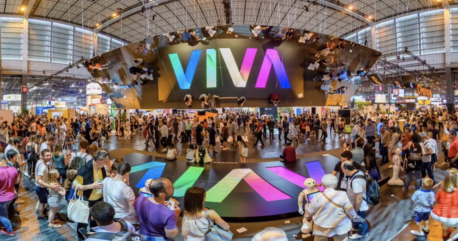Mel's Talk at VivaTech 2019 - If you were online this past week, you must have seen information about Viva Tech! This big exhibition is focused on innovation and takes place each year in Paris since 2016.This year, the exhibition took place from 16th to 18th of May. A true paradise for entrepreneurs who are looking for inspiration and advice!As you can imagine, it was impossible for us to miss this huge event. We met a lot of amazing entrepreneurs such as Melanie Perkins co-founder of Canva, or Jack Ma and a great bunch of French startups!Join us to learn more about VivaTech 2019.Don't hesitate to follow us on Instagram and YouTube!