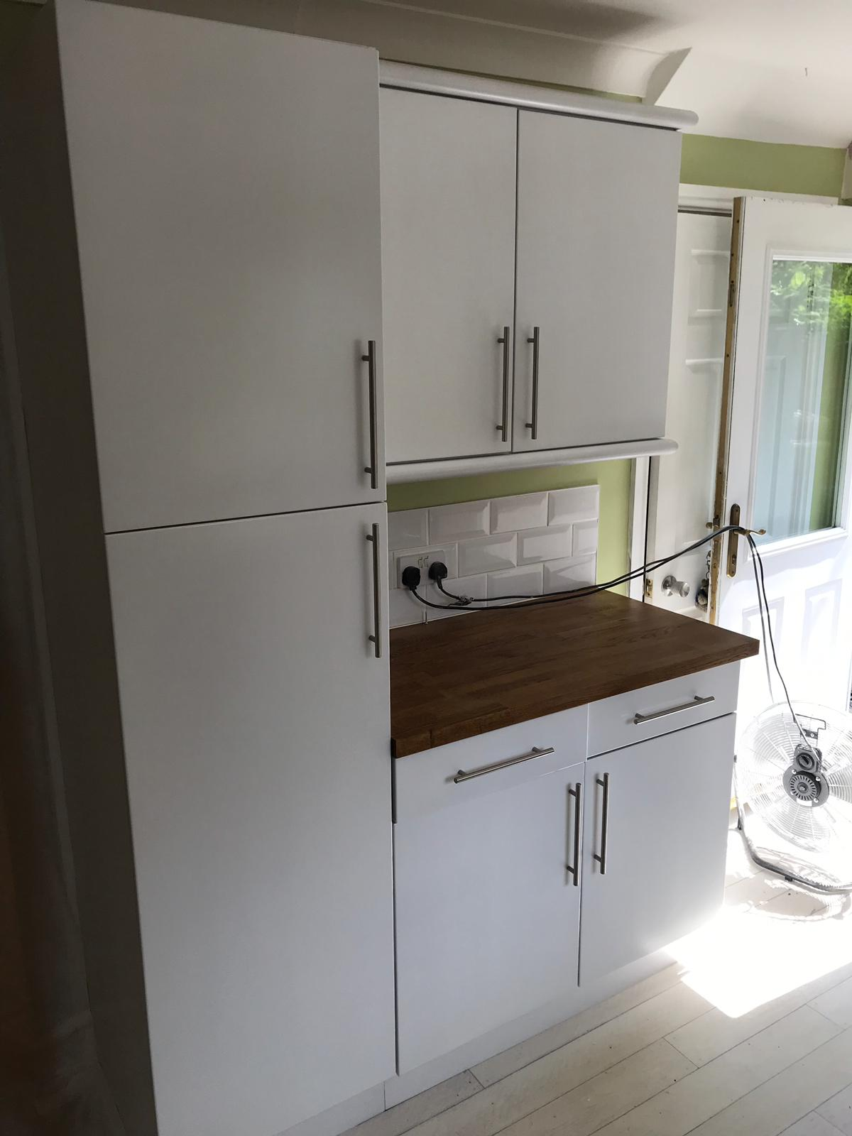 modernise kitchen with spray painting.jpeg