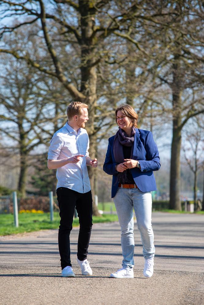 - Erwin Elling is, samen met Annedien Hoen, medeoprichter van Rent a War Room®. Samen werken zij continu aan het beschikbaar maken van effectieve manieren om organisaties te helpen wendbaar te innoveren.