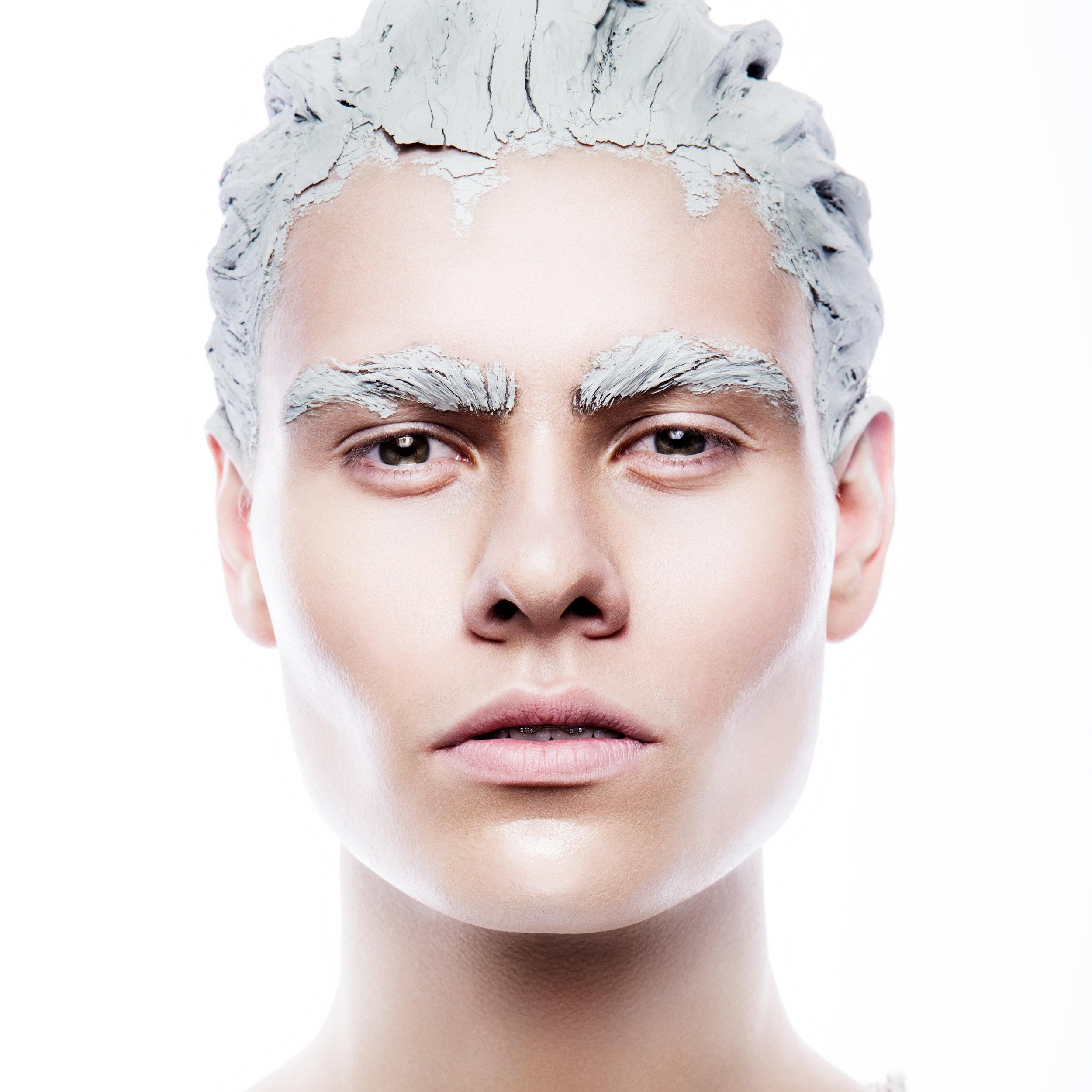 art-man-make-up-P6ZHSYW.jpg