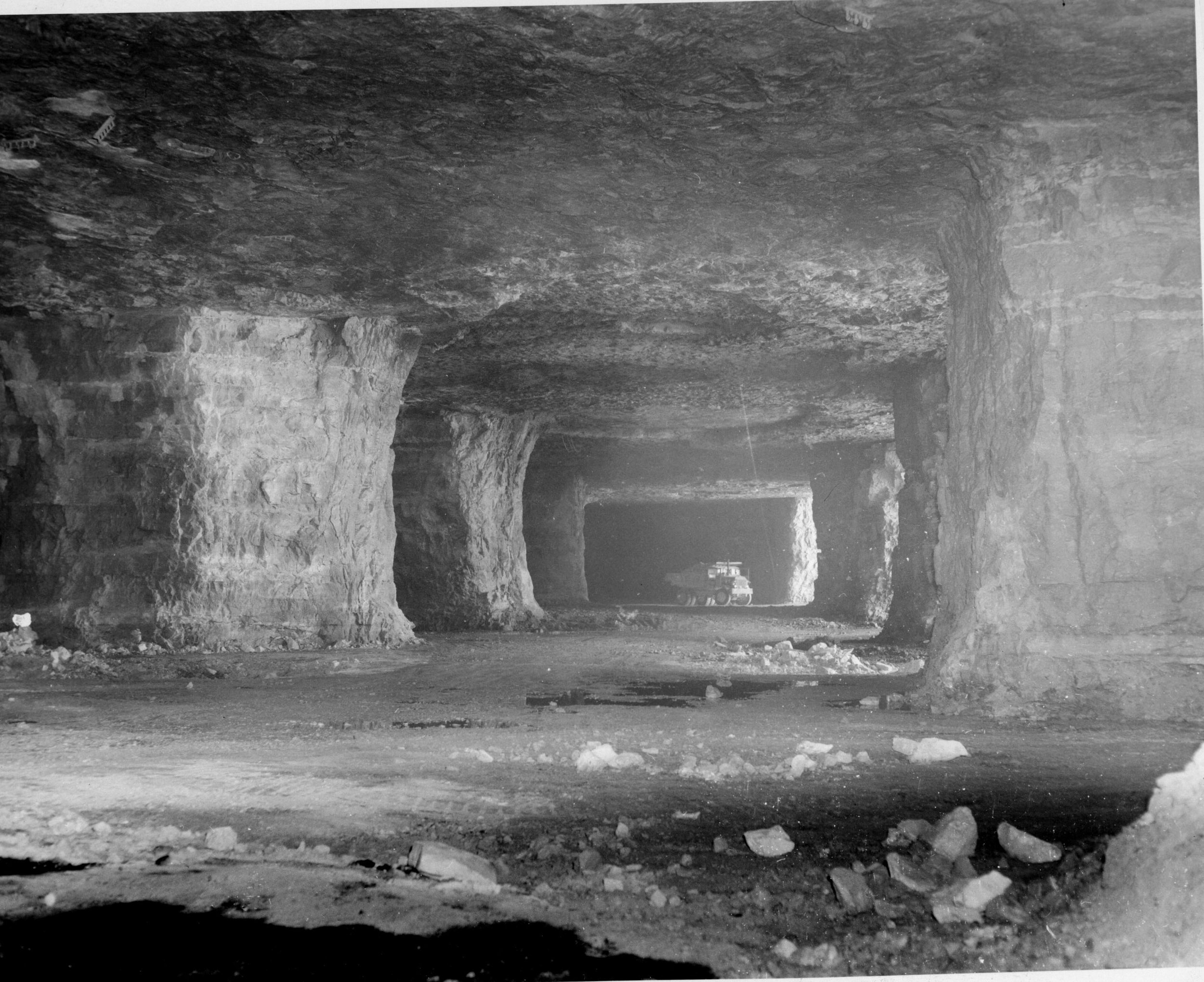By 1960, enough area had been mined to build the first 250,000 square feet of warehouse underground while still allowing for mining to continue.